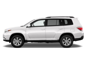 2013 Highlander Side View