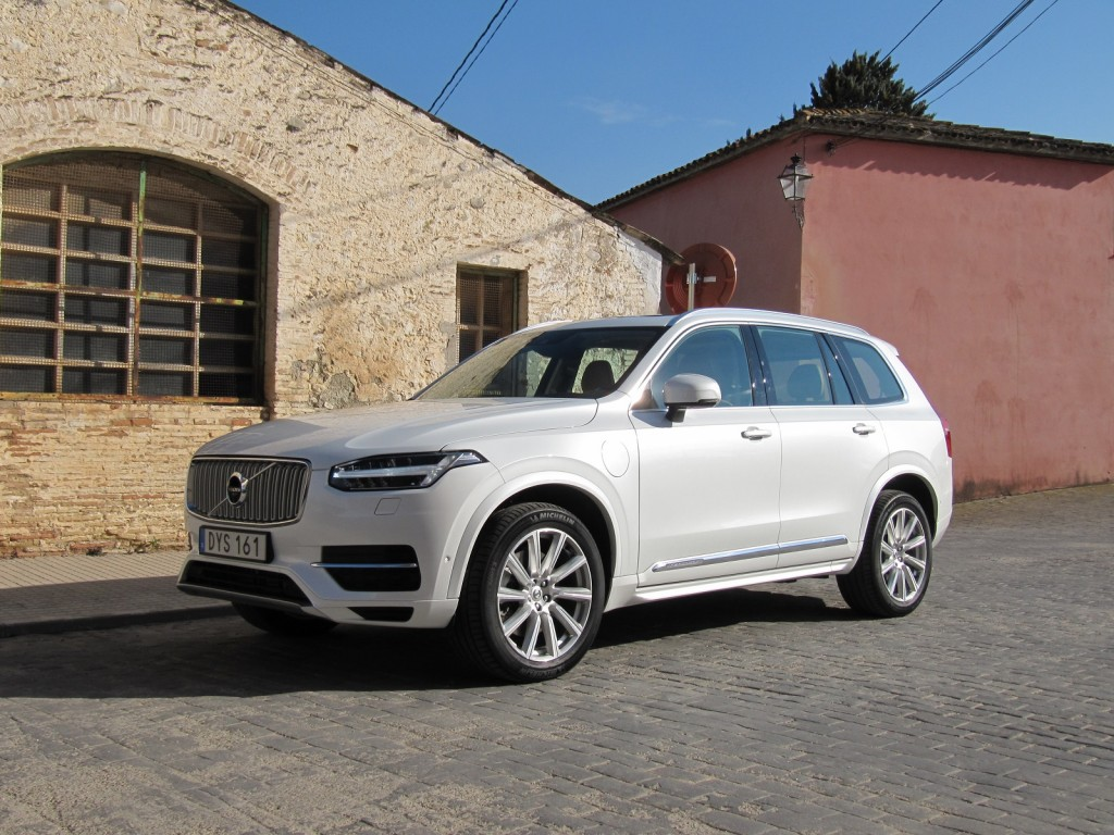 2016 Volvo XC90 Review – Price & Seating Options